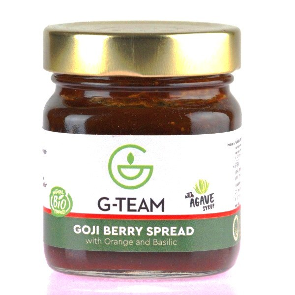 Spreadable Mixture of Goji Berry, Orange and Basil (with agave)